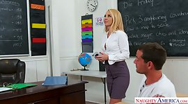 Sensuous professor Aaliyah Love gets..