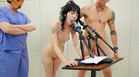 Tattooed chick gives a blowjob and..